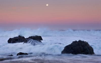 Garapatta Beach Moonset