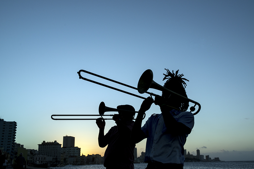 Music Along the Malecon