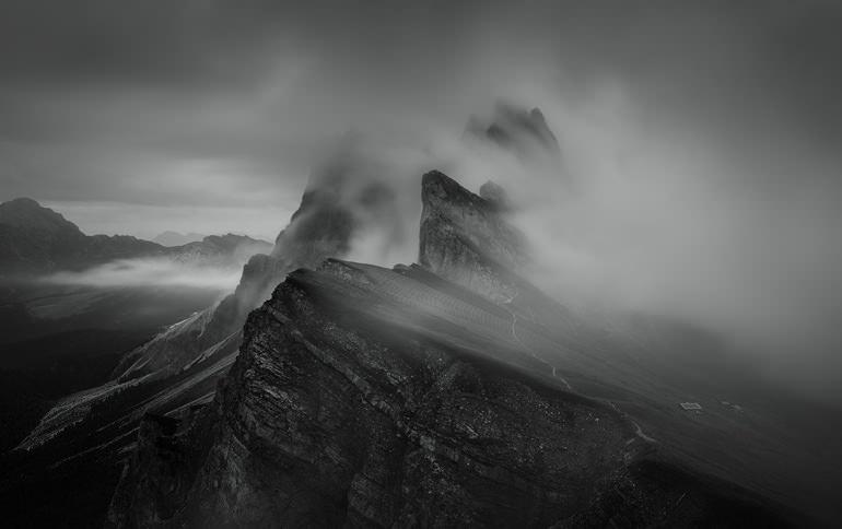 Photo by Tomasz Przychodzien