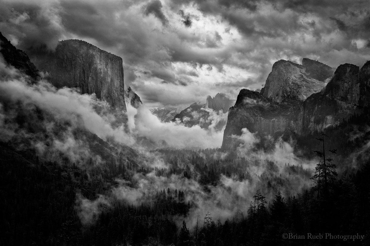 Valley in Grip
