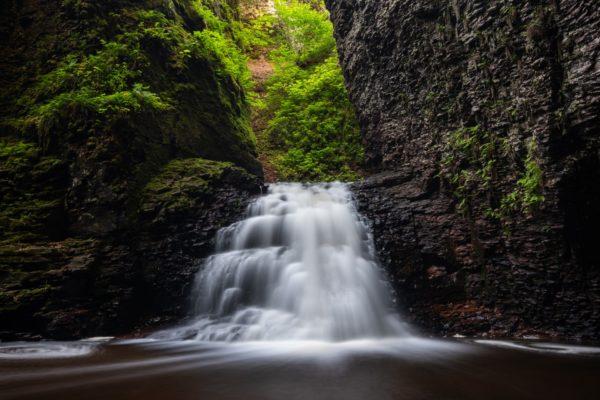 Waterfall Polarizer Photo by Hansel Bryan
